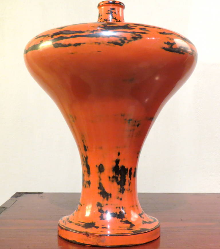 Japanese, 19th Century Lacquer Vase In Excellent Condition For Sale In Torino, IT