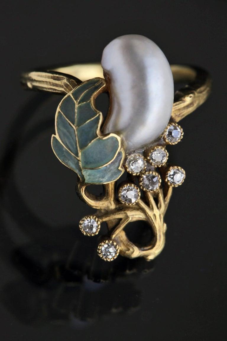 Women's Art Nouveau Diamond Pearl Gold Cocktail Ring, circa 1900 For Sale