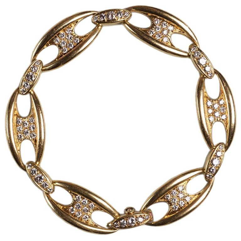 Mauboussin Diamond Gold Chain Bangle Bracelet, circa 1965 For Sale