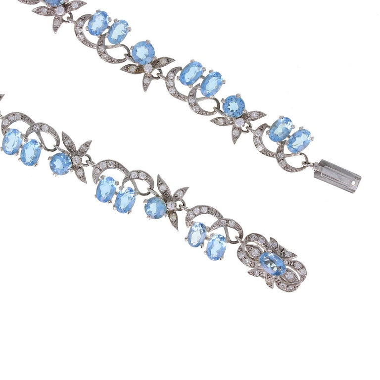 1950s Harrods London Aquamarine Diamond Gold Necklace In Excellent Condition For Sale In Newcastle Upon Tyne, GB