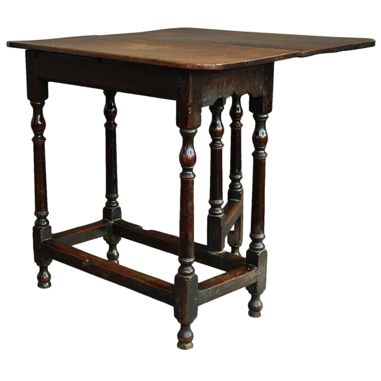 Rare Late 17th Century Oak And Ash Gateleg Side Table Of Small Proportions For