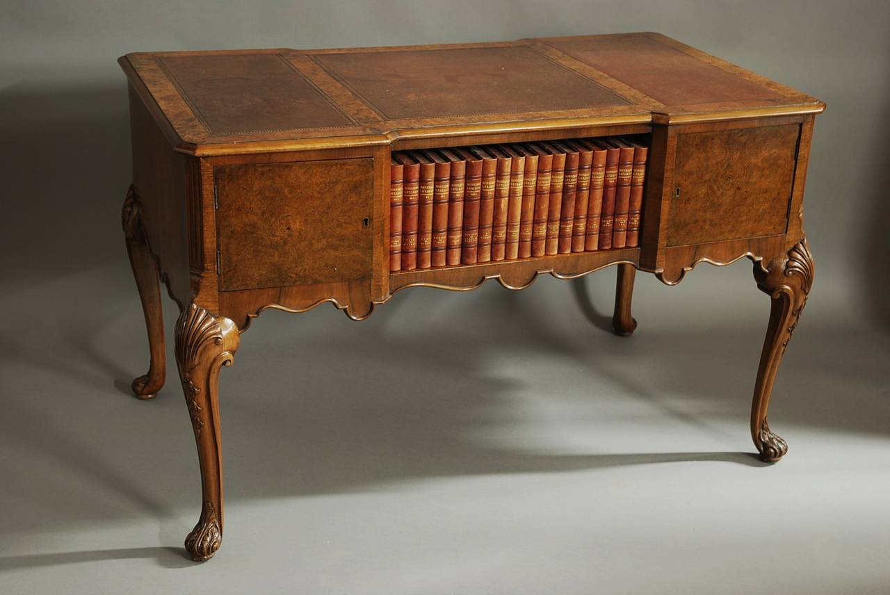 Walnut Writing Desk in the Queen Ann Style For Sale 1