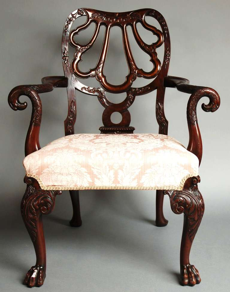This superb open armchair is of the finest of qualities. 