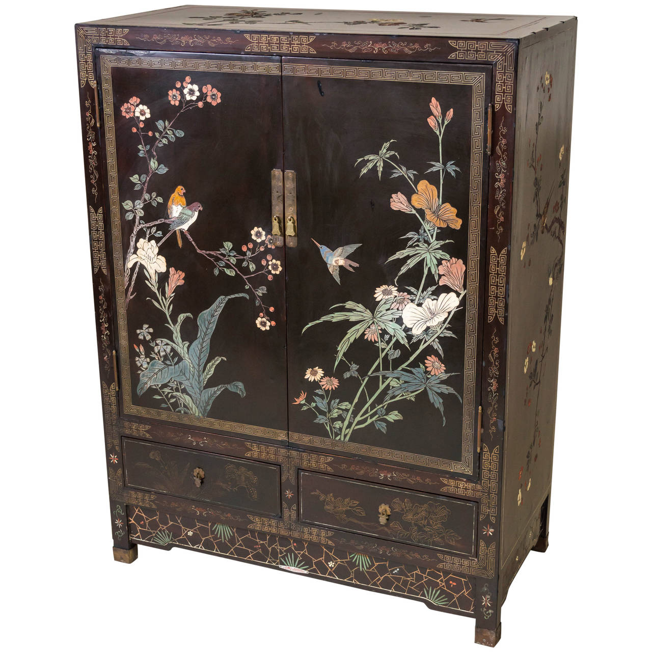 Chinese coromandel and lacquer cabinet shanghai china at for Chinese furnishings