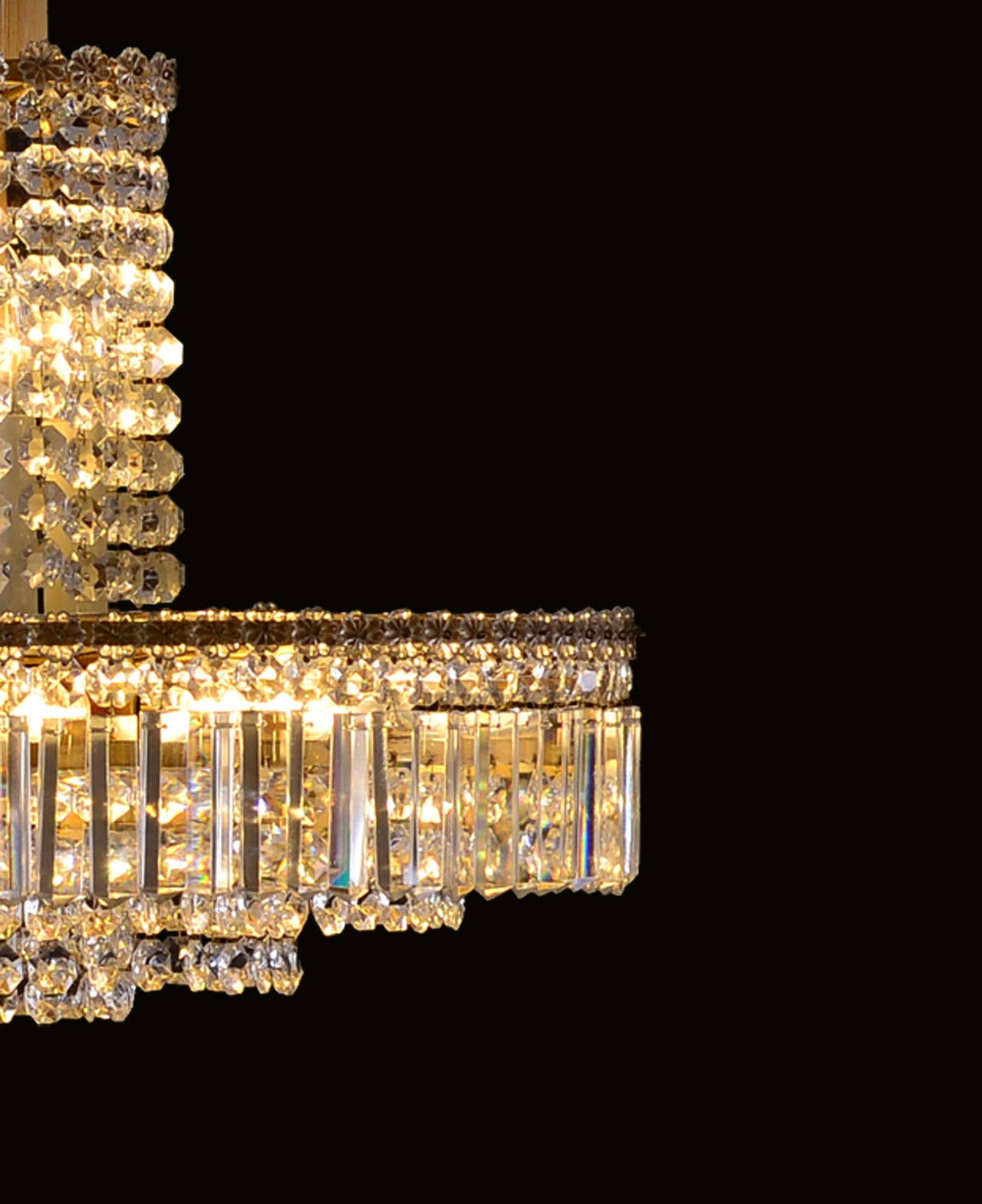 Brass Original Elegant Mid-Century Modern Bakalowits Chandelier from the 1960s For Sale