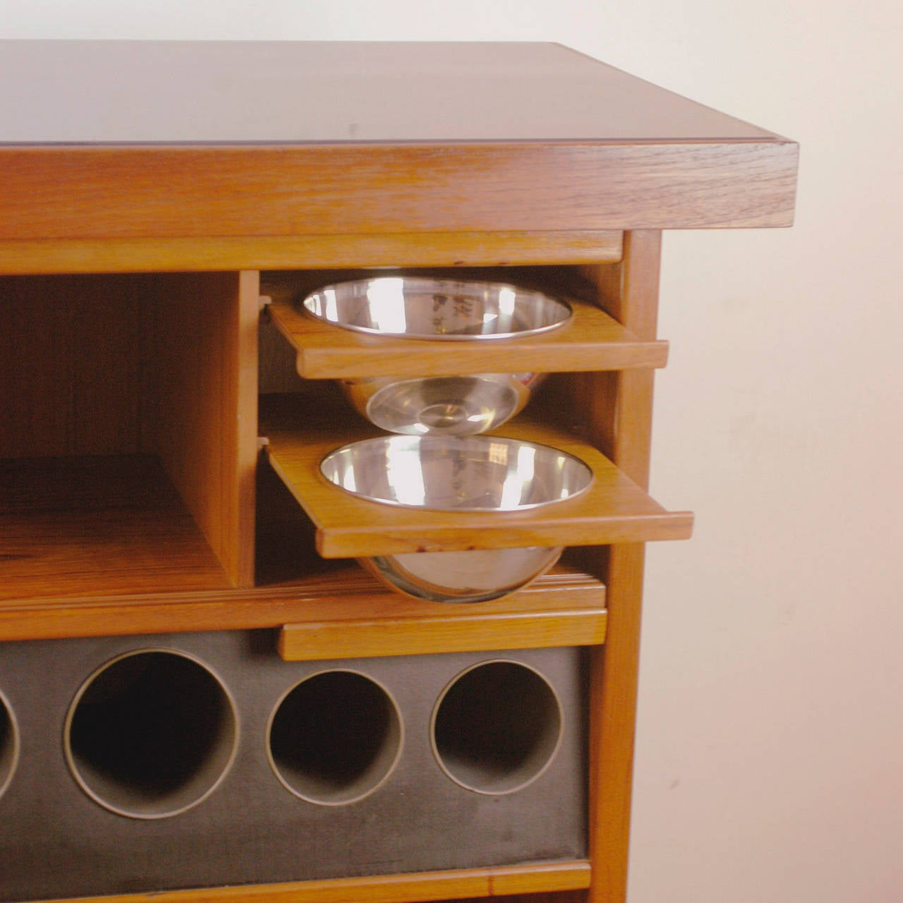 Danish Modern Teak Dry Bar by Heltborg Mobler In Good Condition For Sale In Vienna, AT