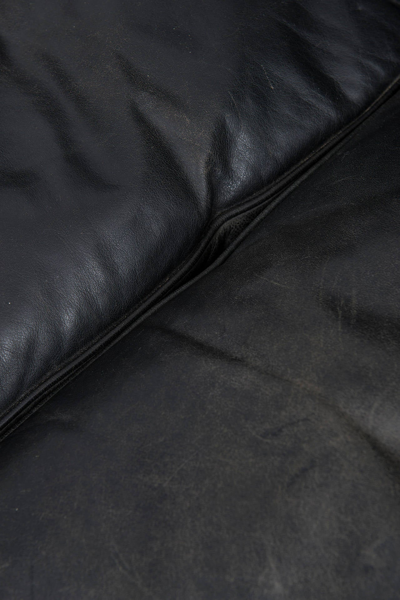 Ib Kofod-Larsen leather sofa by OPE in Sweden For Sale 1