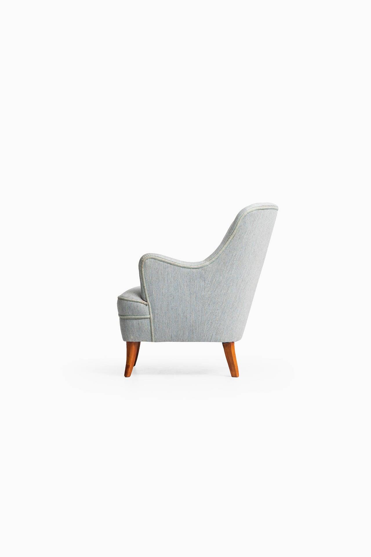Mid-Century Modern Carl Malmsten Easy Chair by O.H Sjögren in Sweden For Sale