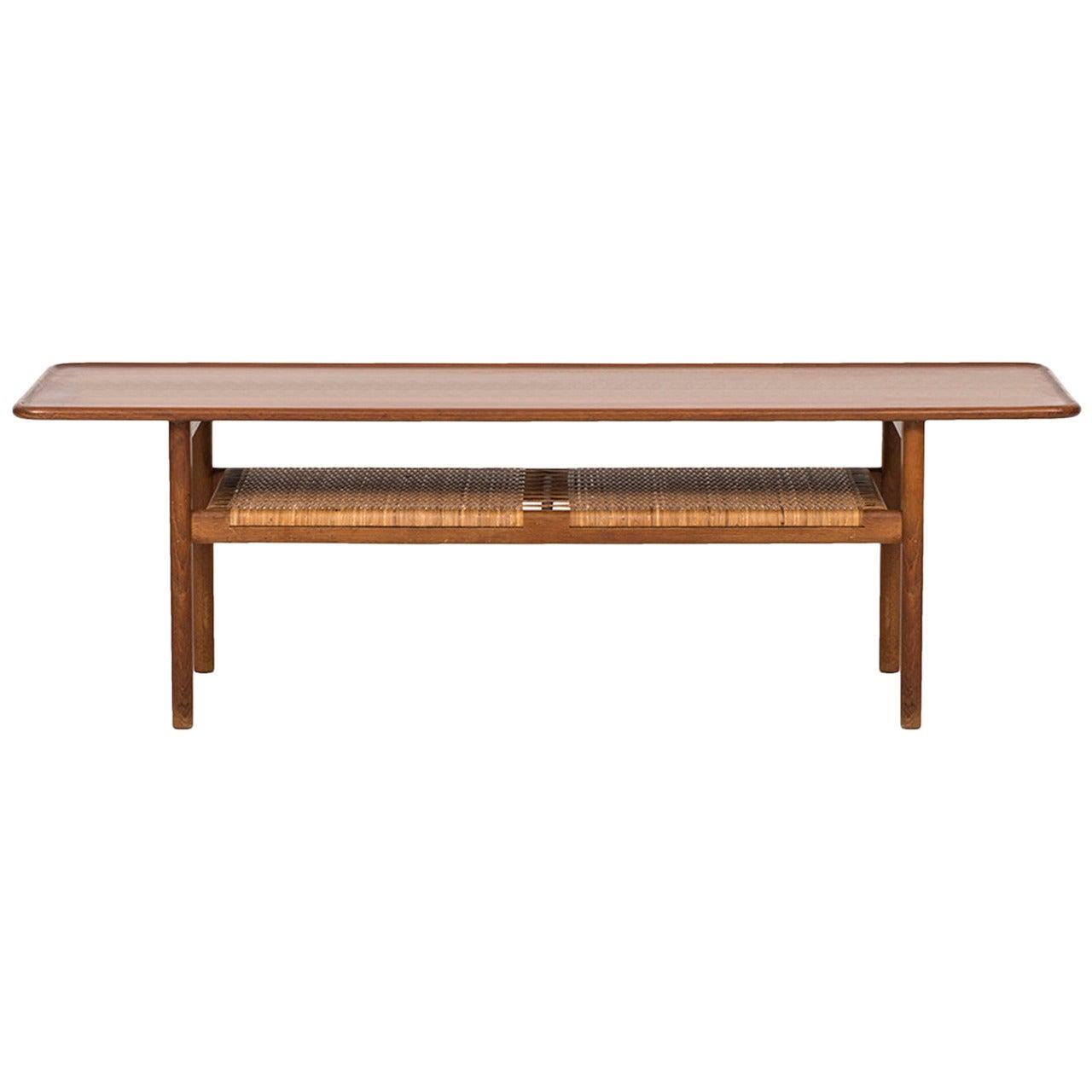 Hans Wegner Coffee Table Model AT-10 by Andreas Tuck in Denmark