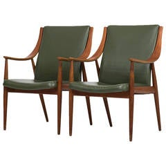 Peter Hvidt & Orla Mølgaard-Nielsen Easy Chairs in Green Leather