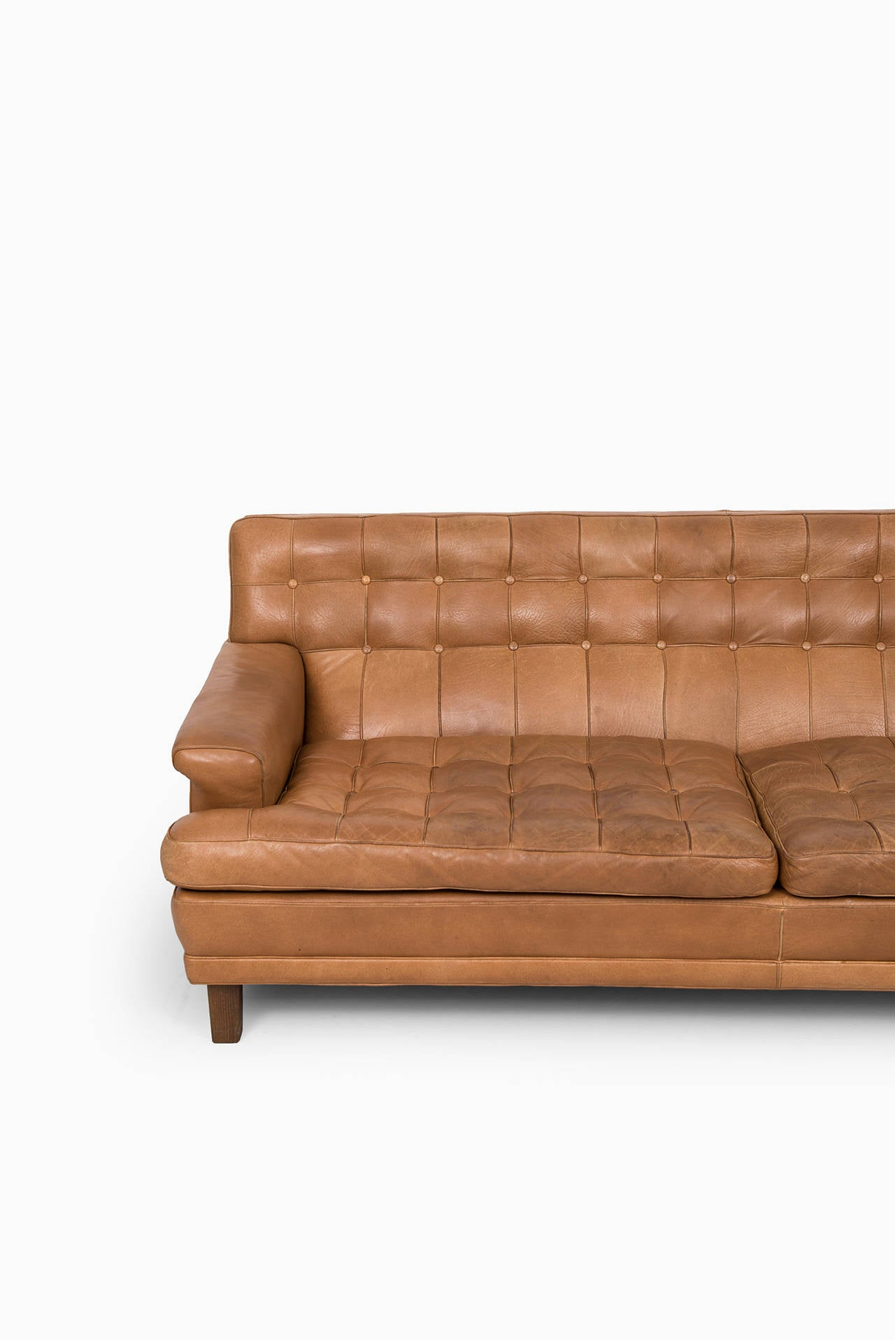 arne norell merkur sofa in cognac brown leather by norell ab in sweden at 1stdibs. Black Bedroom Furniture Sets. Home Design Ideas