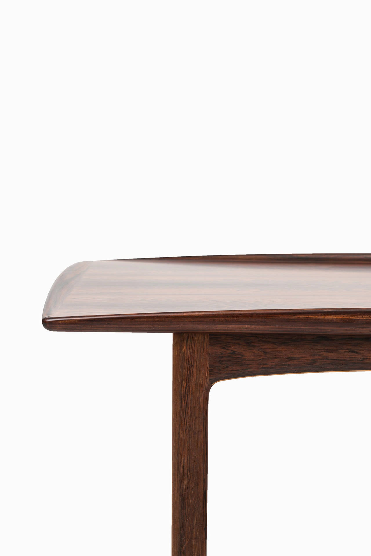 Folke Ohlsson Coffee Table Model Frisco In Rosewood At 1stdibs