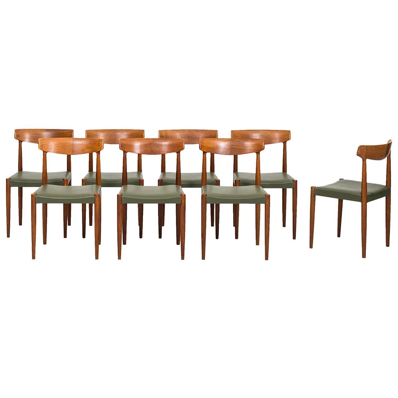 Knud Færch Dining Chairs Model 343 by Slagelse Møbelfabrik in Denmark