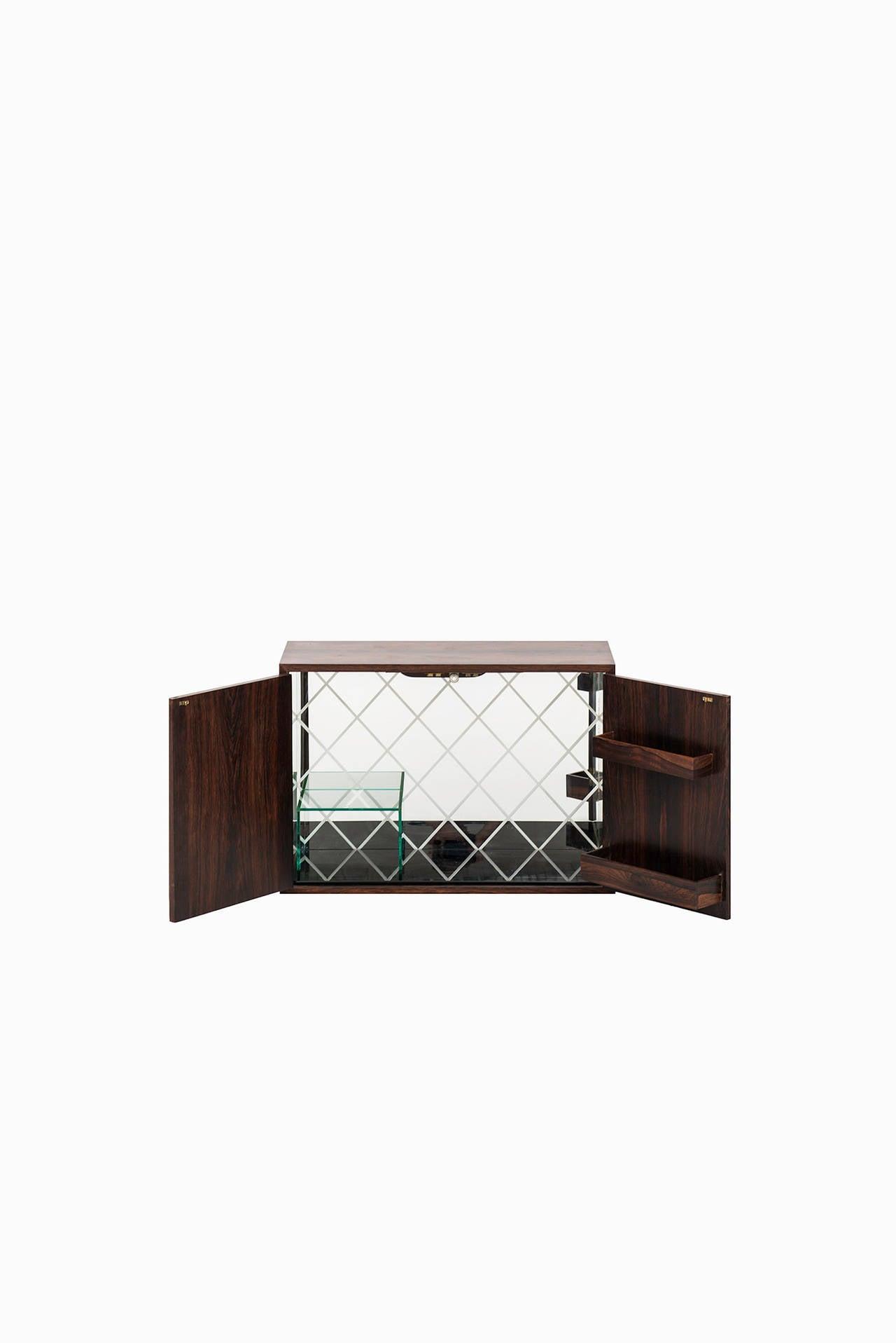 bar wall cabinet - photo #42