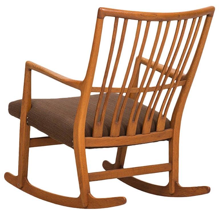 Hans Wegner ML-33 Rocking Chair by Mikael Laursen in Denmark