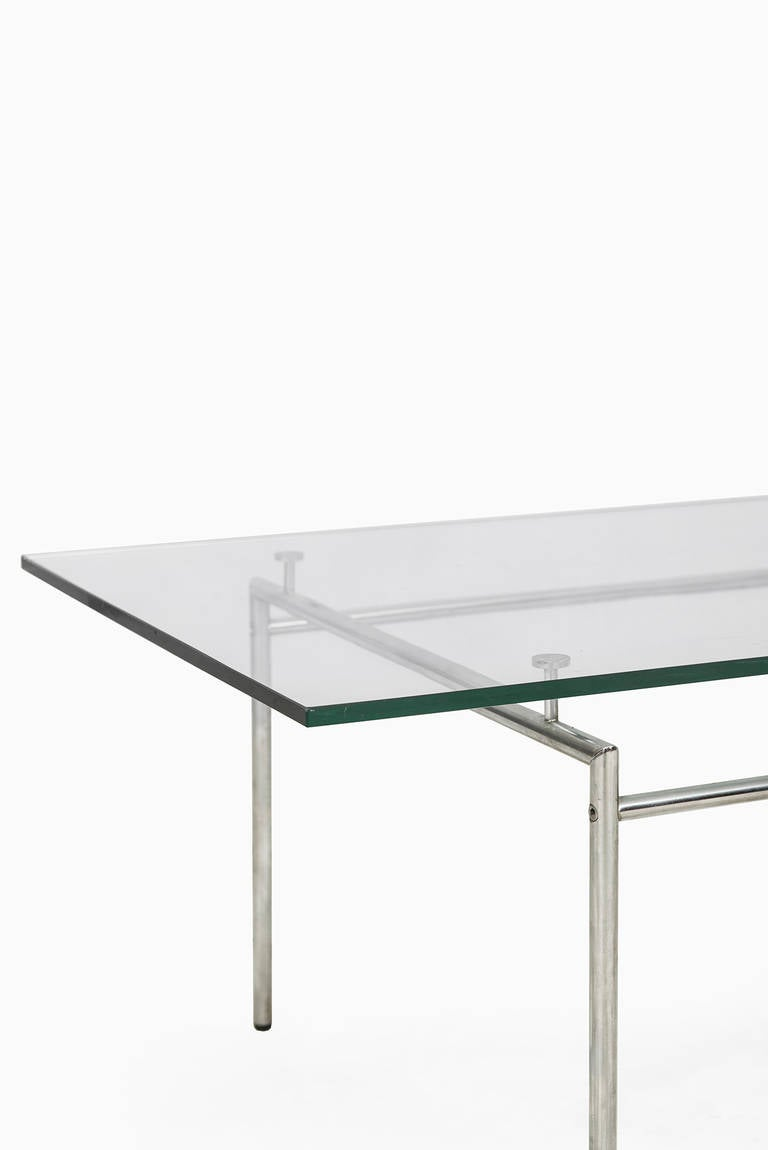 Minimalist Low Coffee Table In Chrome And Glass For Sale At 1stdibs