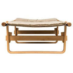 Retro daybed in birch bentwood and beige canvas with brown leather details