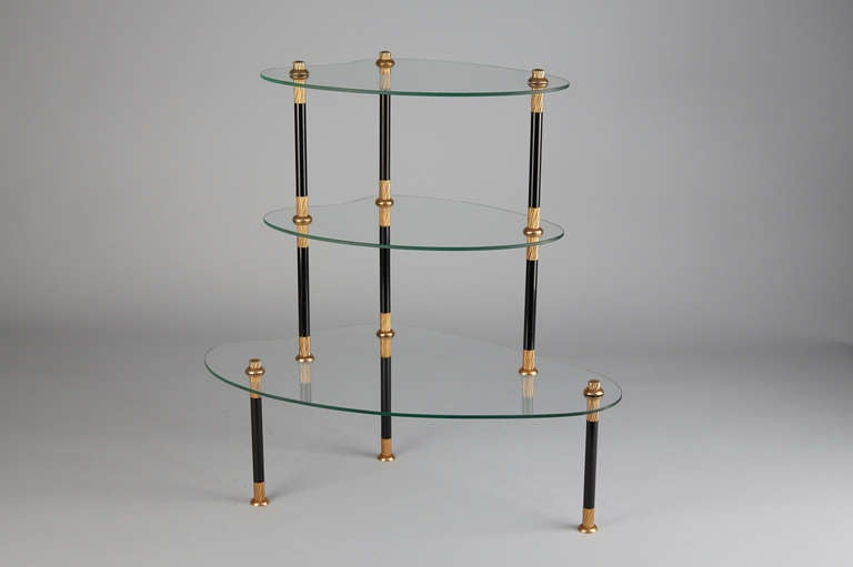 italy 1960 glass etagere for sale at 1stdibs. Black Bedroom Furniture Sets. Home Design Ideas