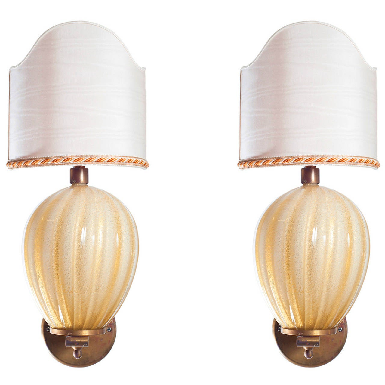 Italian Venetian Pair of Sconces, Blown Murano Glass Gold, Barovier& Toso, 1950s