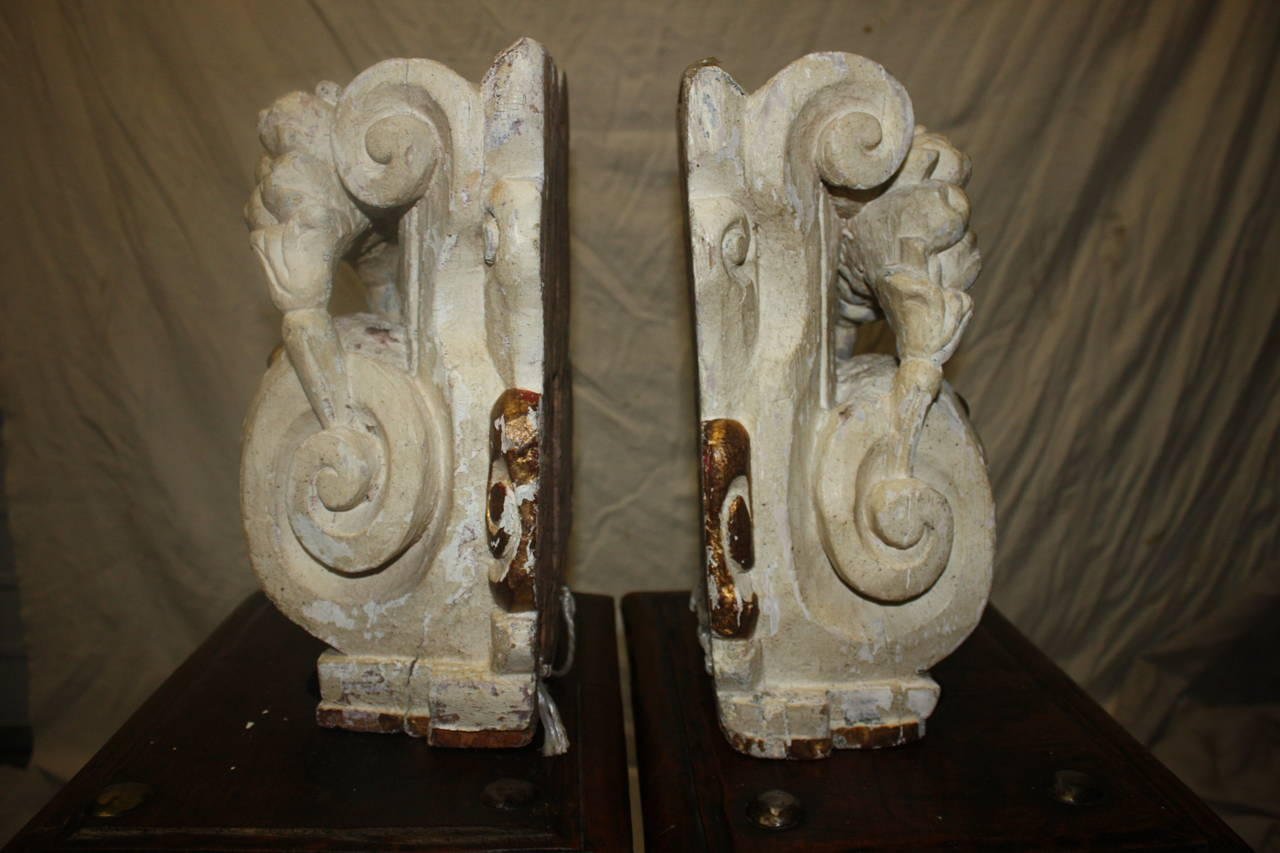 Louis XIV Pair of 18th Century Carved Wall Consoles For Sale