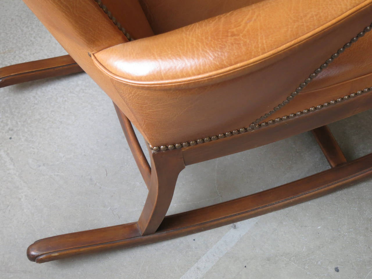 1930s Rocking Chair by Frits Henningsen For Sale 1