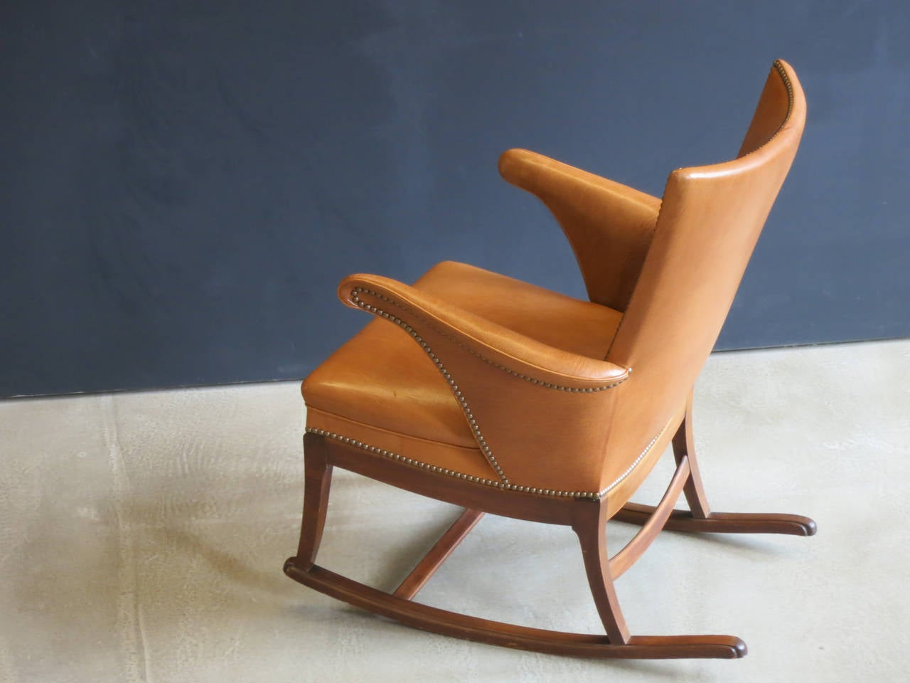 1930s Rocking Chair by Frits Henningsen For Sale 2