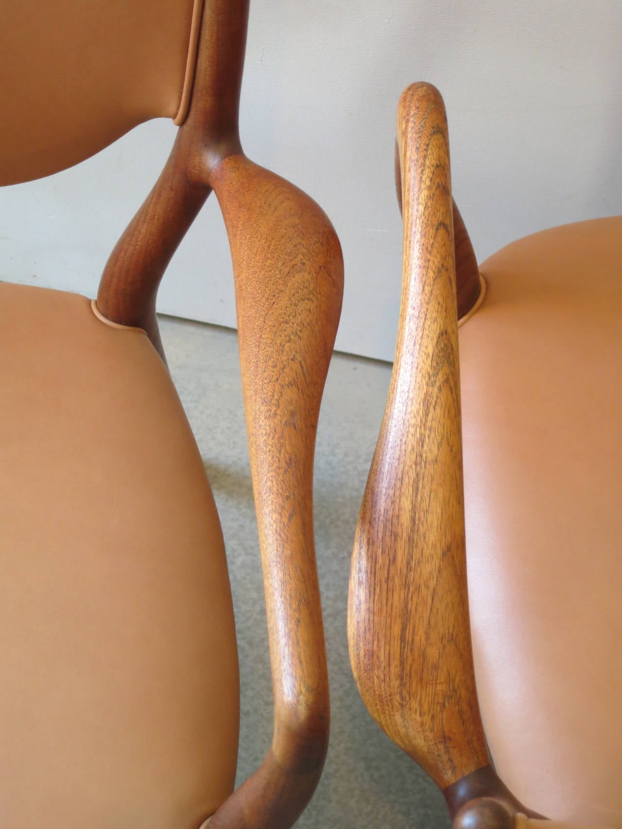 Pair of NV46 Chairs by Finn Juhl in Teak with Natural Leather Upholstery In Excellent Condition For Sale In New York, NY
