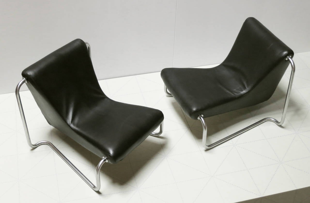 Pair of Leather and Steel 1970s Lounge Chairs by Luigi Colani for Fritz Hansen. This rare set of chromed steel and leather lounge chairs was designed by Luigi Colani for Fritz Hansen in Denmark in the late 1960s. Although a designer of furniture and