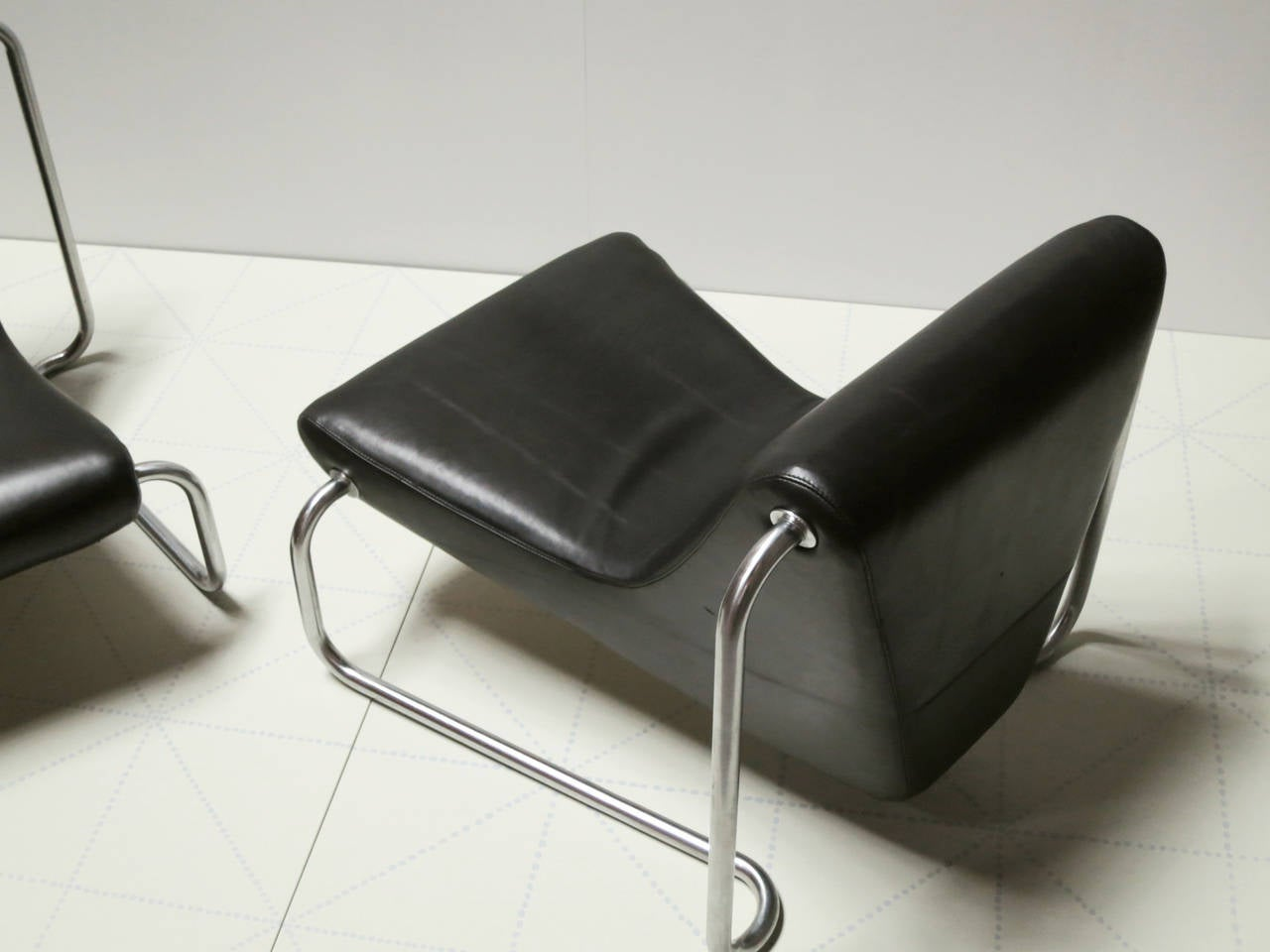 Danish Pair of Leather and Steel 1970s Lounge Chairs by Luigi Colani for Fritz Hansen For Sale