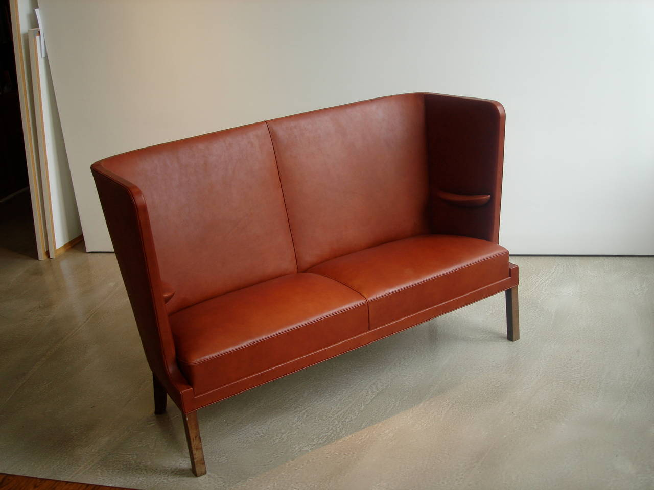 Mid-20th Century High Backed Sofa with Interior Armrests by Frits Henningsen, 1930s For Sale