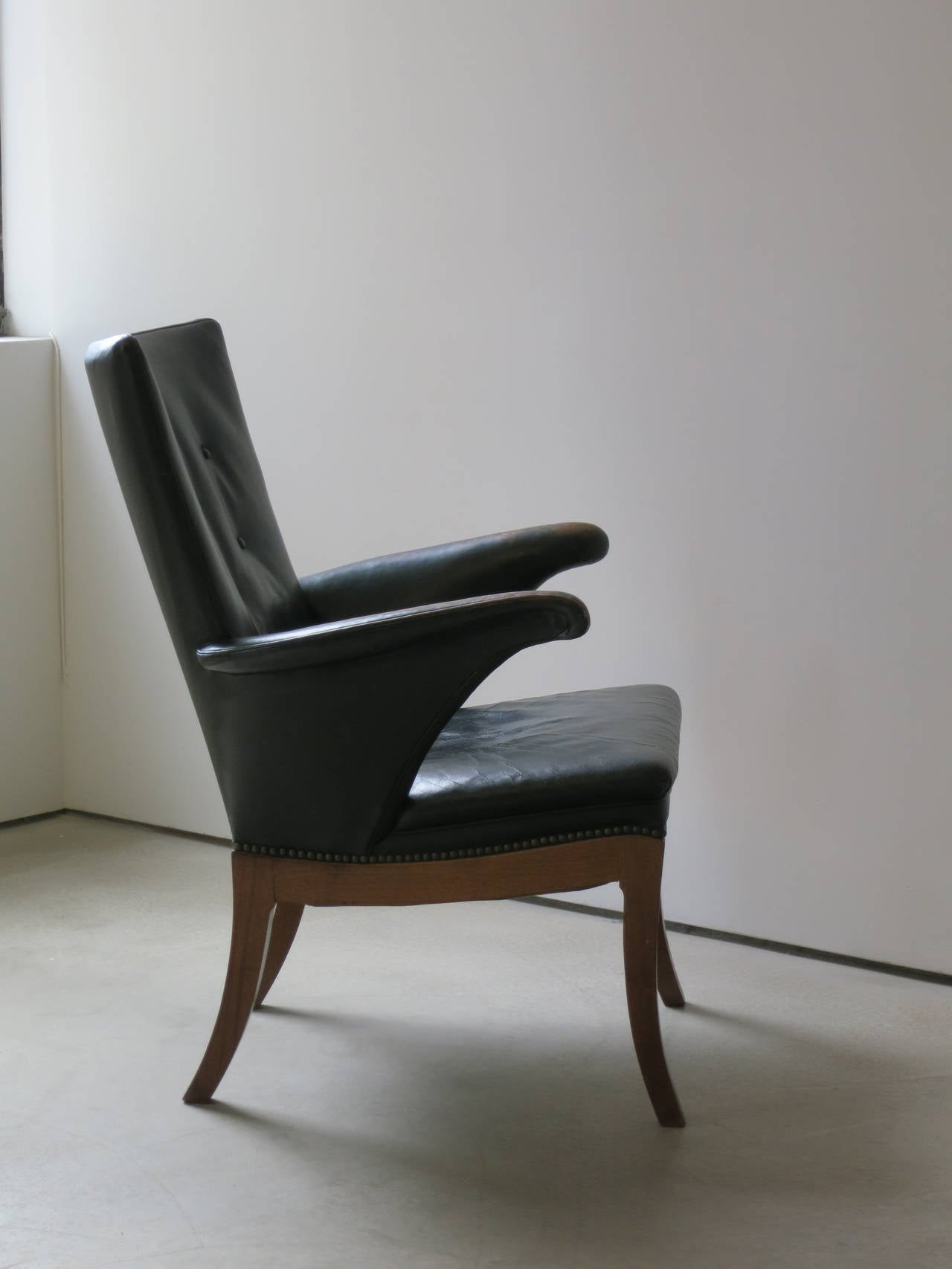Danish Armchair in Original Black-Brown Leather by Frits Henningsen, 1930s For Sale