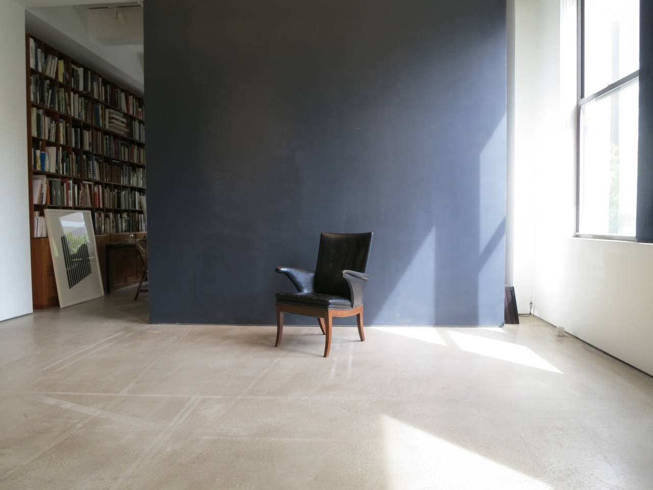 Mahogany Armchair in Original Black-Brown Leather by Frits Henningsen, 1930s For Sale