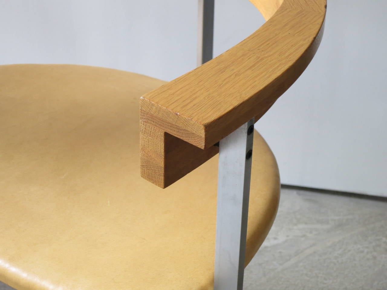 Scandinavian Modern Pair of PK-11 Armchairs by Poul Kjærholm, made by E. Kold Christensen For Sale