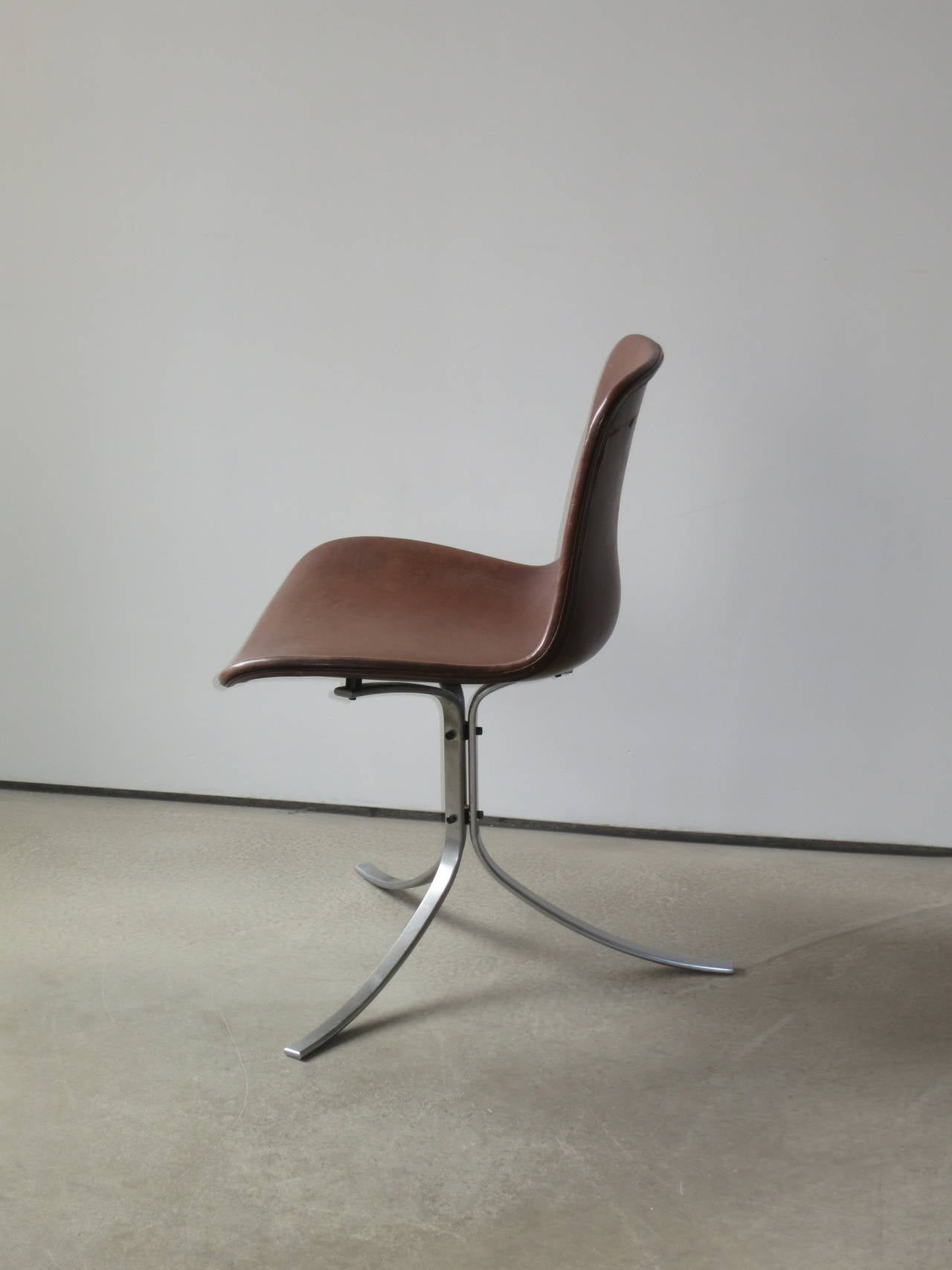 Danish PK-9 Chair by Poul Kjærholm in patinated brown leather For Sale