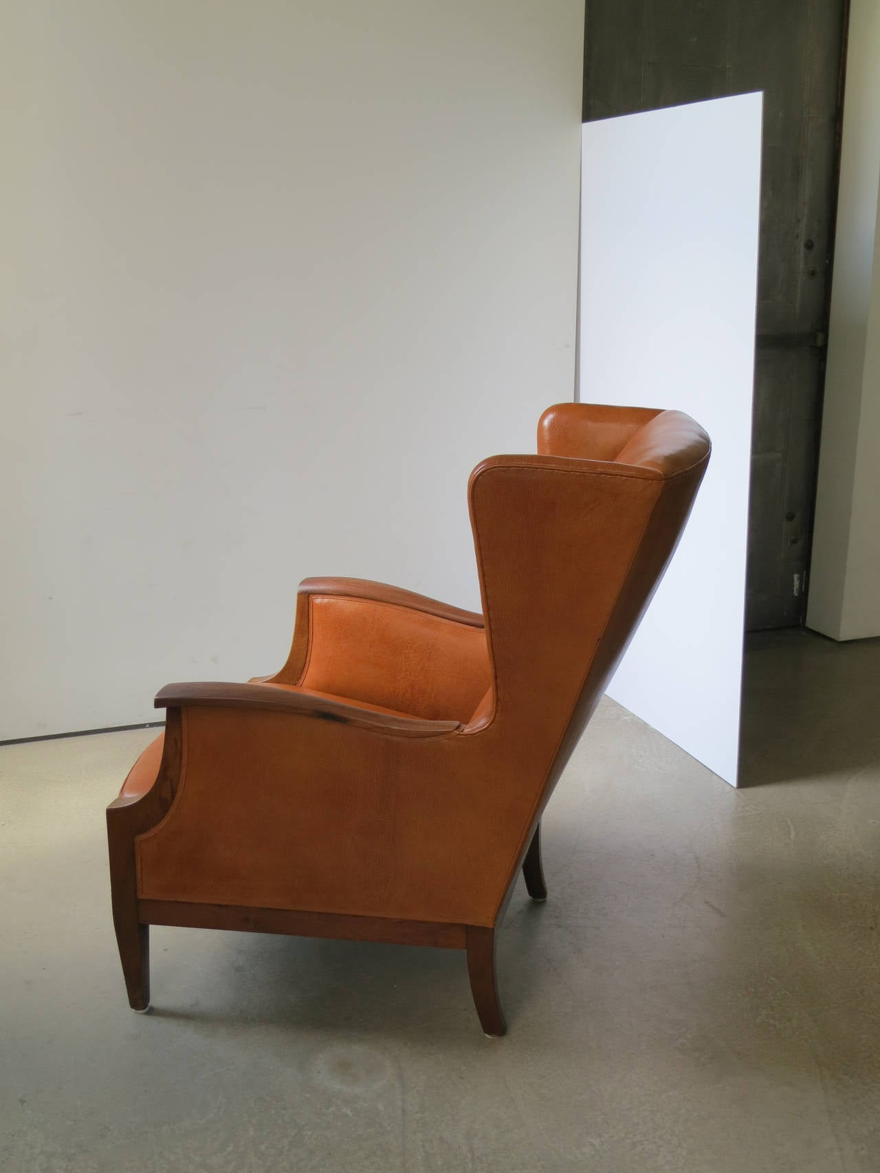 Scandinavian Modern 1930s Wingback Chair in Nigerian Leather and Cuban Mahogany by Frits Henningsen For Sale