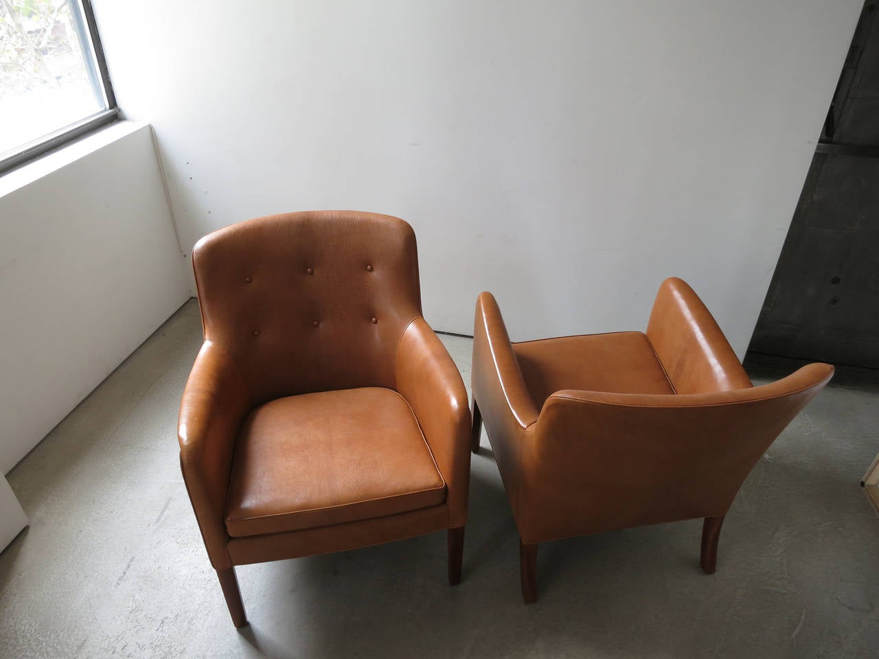 Goatskin Pair of 1940s Lounge Chairs in Nigerian Leather by Ole Wanscher