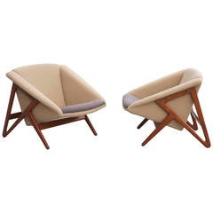 "Pair of ""Tipvogn"" Chairs by H. Brockmann Petersen"