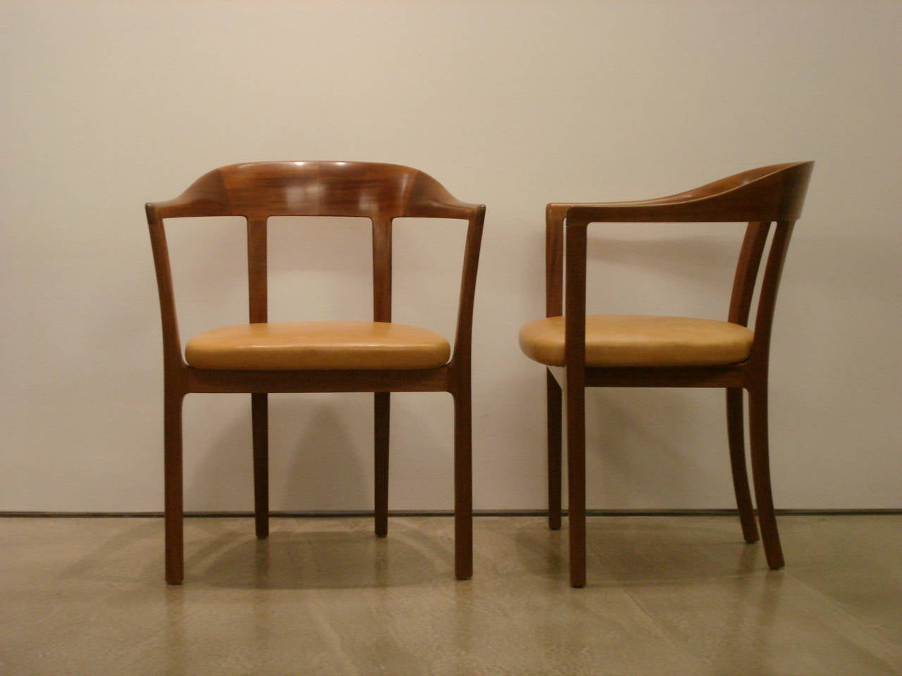 Ole Wanscher, Set of Four 1958 Armchairs in Mahogany and Original Leather Seats For Sale 2