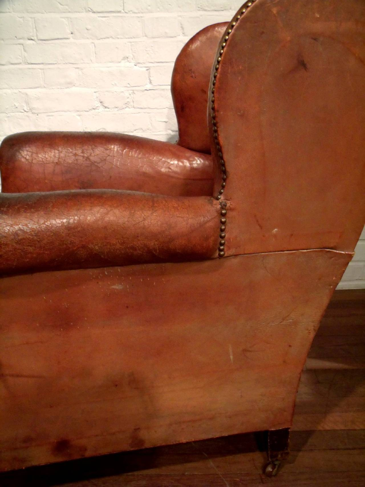 Pair Of Victorian Gentlemen 39 S Leather Club Chairs At 1stdibs