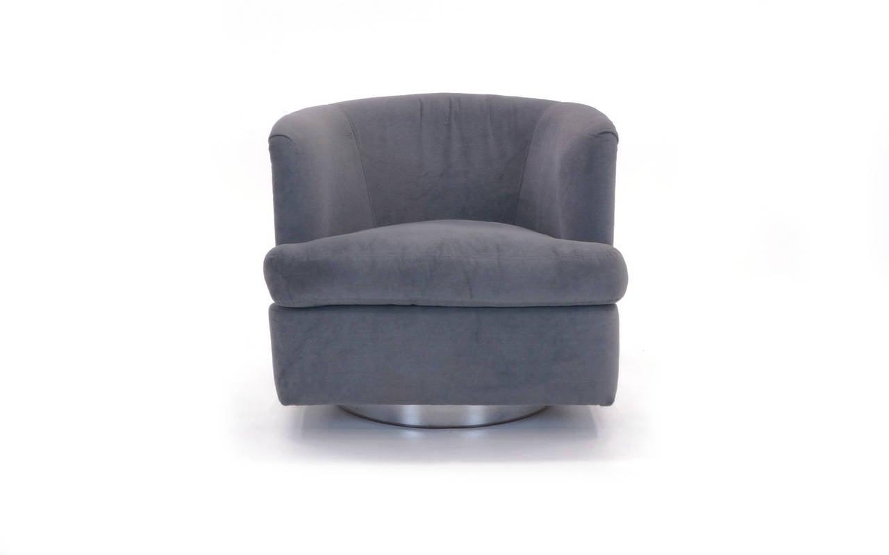 Milo Baughman Swivel Rocker Club Chair With Chrome Frame At 1stdibs