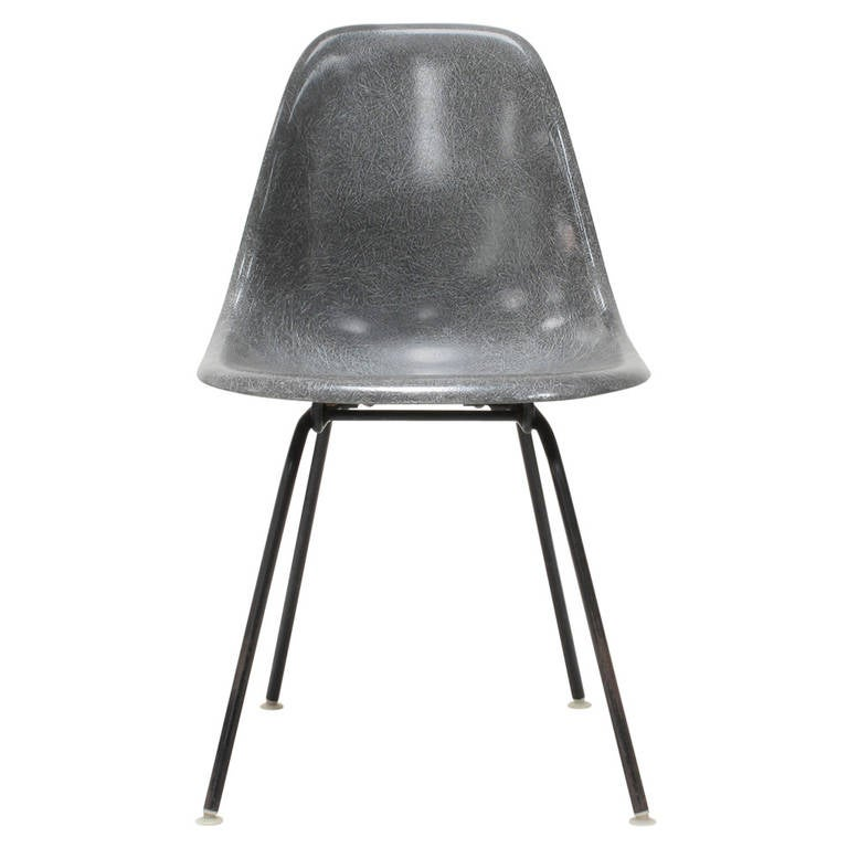 gray fiberglass shell chair by charles and ray eames at 1stdibs. Black Bedroom Furniture Sets. Home Design Ideas