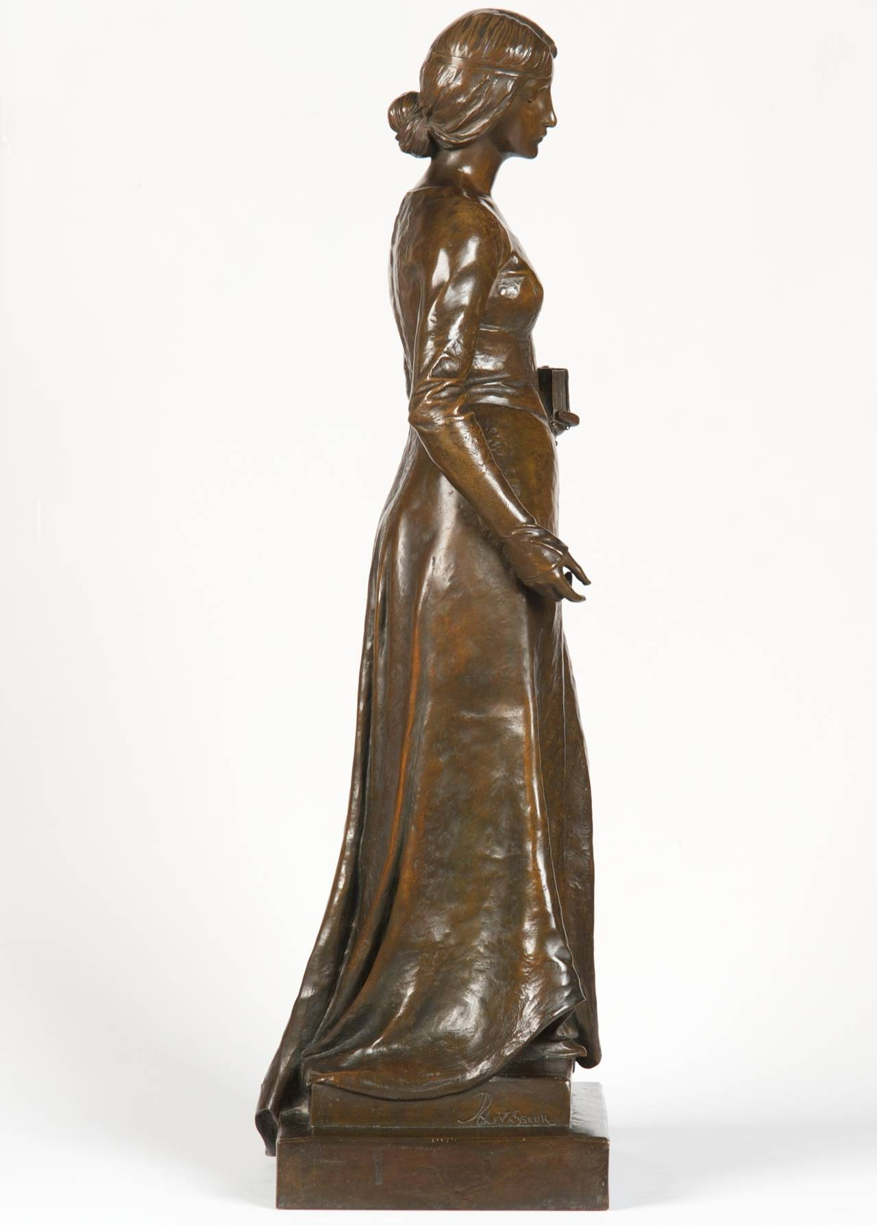HENRI LEVASSEUR (FRENCH, 1853-1934) FINE ANTIQUE BRONZE SCULPTURE Maiden w/ Rosary and Book, Paris c. 1900 Item # 1401YWB29PQ  A substantial and striking antique French bronze sculpture by Henri Levasseur, this is an exceptional and rather
