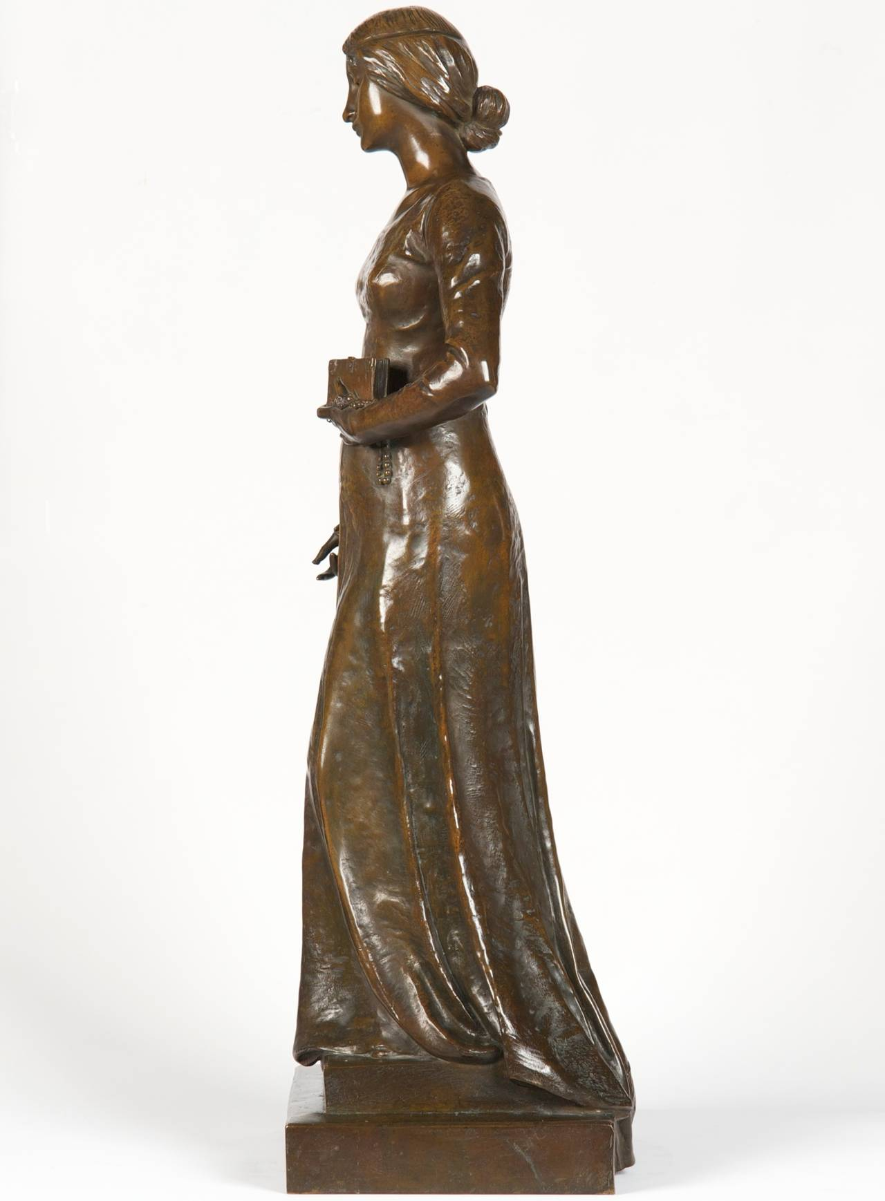 20th Century Henri Levasseur Antique French Bronze Sculpture of Maiden with Rosary, 1900