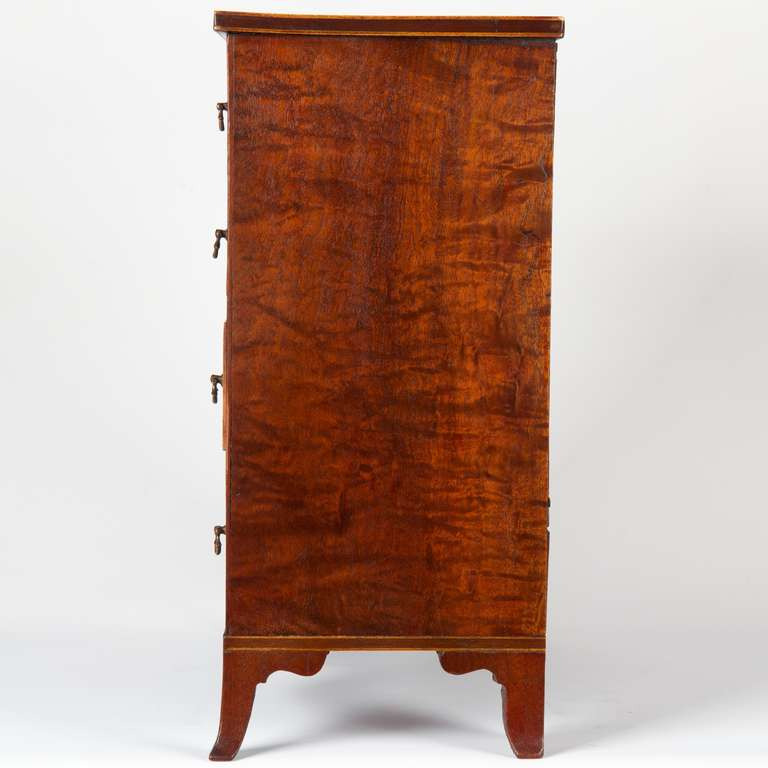 Mahogany Miniature American Federal Salesman's Sample Chest of Drawers, circa 1800 For Sale