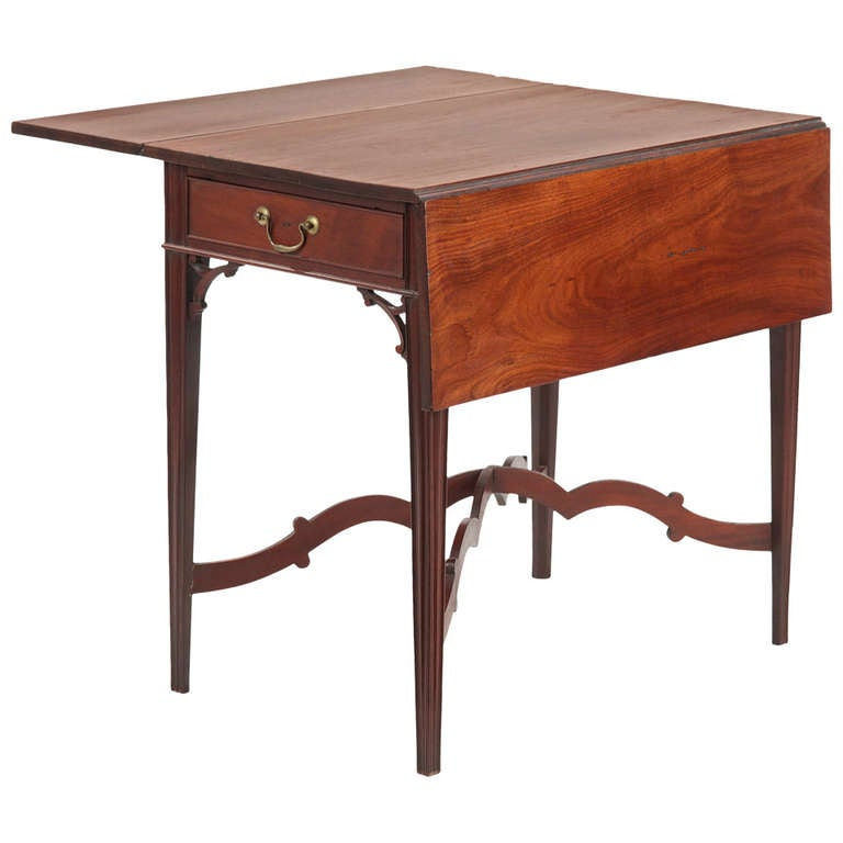 American chippendale mahogany pembroke side table - Archives departementales 33 tables decennales ...