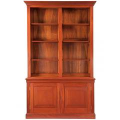 Finely Benchmade Chippendale Style Walnut Bookcase, 20th Century