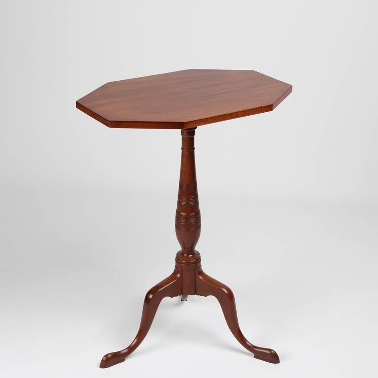 American Federal Antique Mahogany Candle Stand Side Table