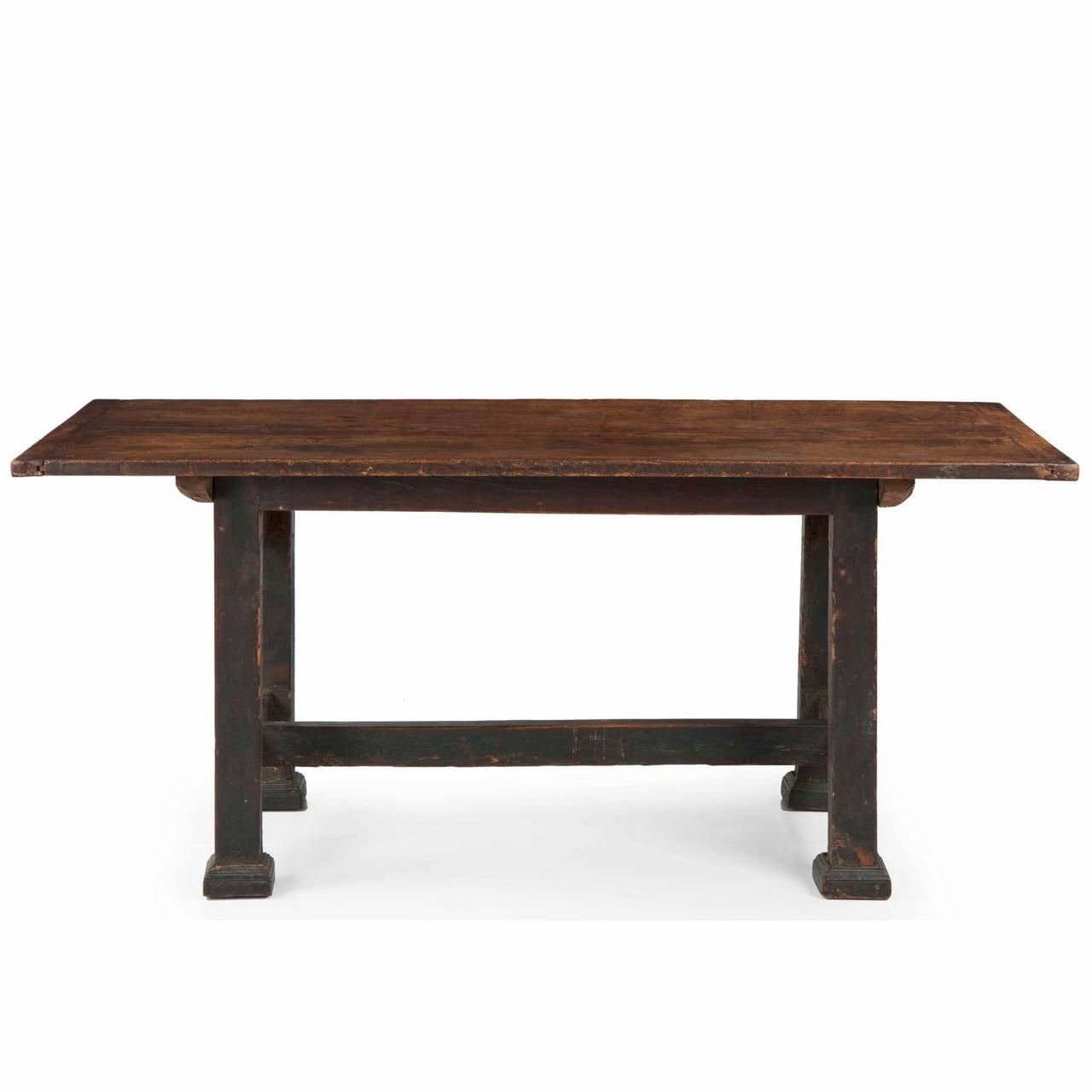 chippendale walnut antique dining table in swedish