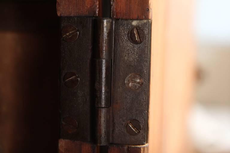 Federal American Antique Scrubbed Pine Jelly Cupboard Cabinet, Pennsylvania, circa 1830