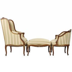 French Louis XV Style Gilt Highlighted Walnut Chaise Longue, circa 1890